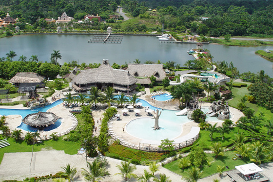 Amatique Bay Resort and Marina (Puerto Barrios)